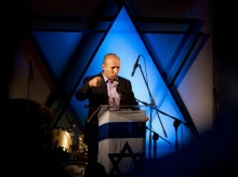 New Israeli right-wing leader worries Netanyahu