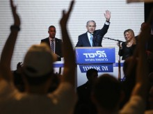Israel's Netanyahu appears poised to call early elections