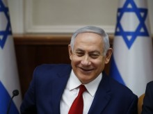 Fragmentation of Israeli politics helps Netanyahu re-election hopes