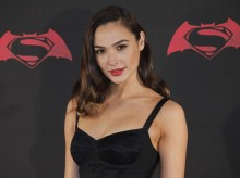 Wonder Woman to the rescue: Gal Gadot takes on Netanyahu